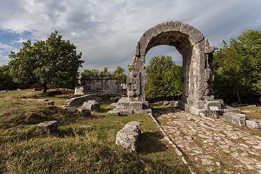 Presentazione campagna di scavo nell'area archeologica di Carsulae