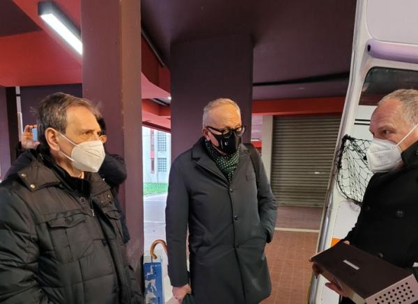 Consegna alla Usl Umbria 2 di 14 sanificatori per ambulanze